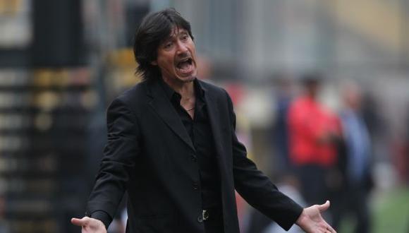 Ángel Comizzo está furioso porque Sergio Markarián ha convocado a cinco de sus pupilos. (Depor)