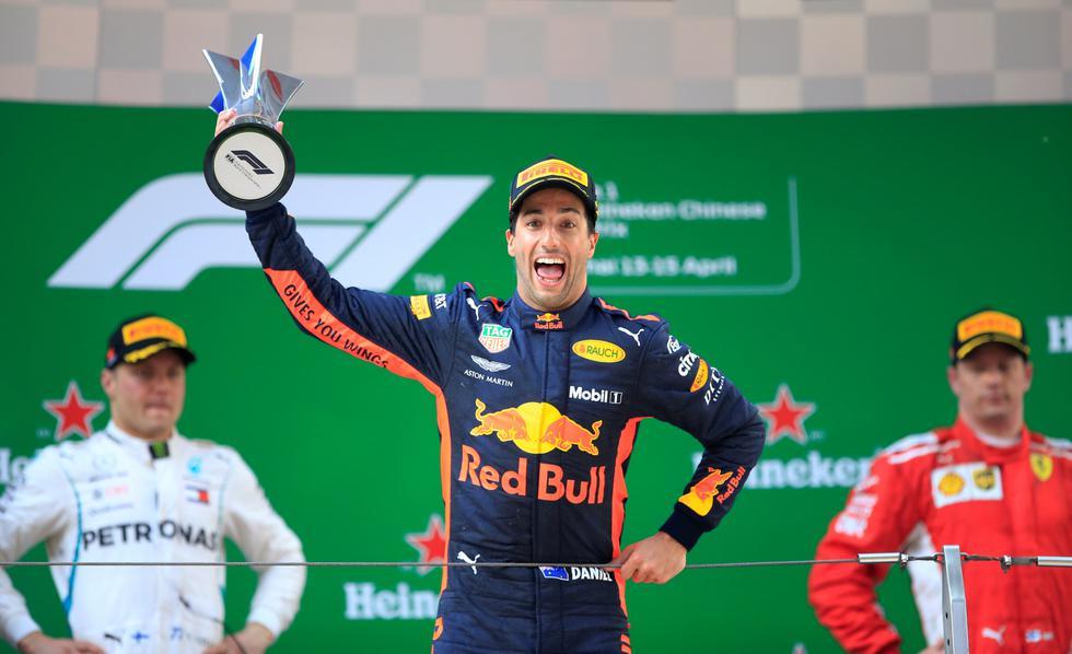 Ricciardo añade suspenso y emoción al campeonato dominado por Vettel (Ferrari) con 54 puntos. (REUTERS)