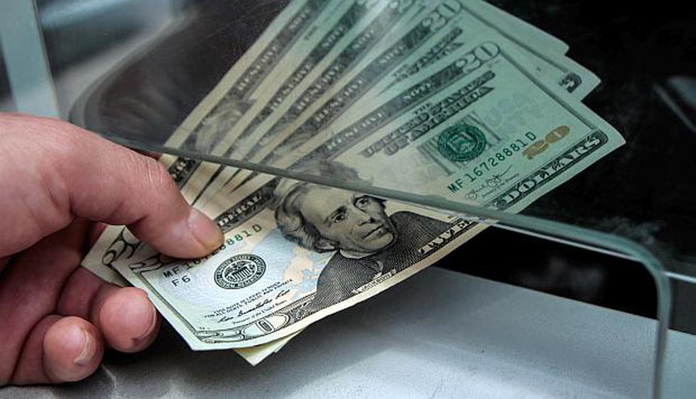 El dólar se cotiza a S/3,390 en los principales bancos de la ciudad a esta hora de la mañana. (Foto: USI)