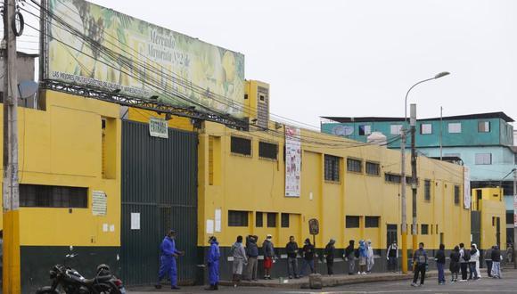 El Mercado de Frutas fue cerrado el último sábado al mediodía. (GEC)