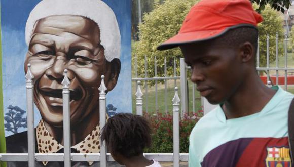 Nelson Mandela: Soweto llora su muerte, pero celebra su vida. (AP)