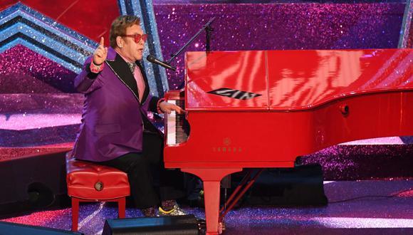 Elton John afirmó que el lanzamiento de dicha muñeca Barbie significa un homenaje a su trabajo y estilo. (Foto:  Mark Ralston / AFP)