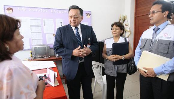 Inspección a colegio Pedro Larbarthe. (USI)