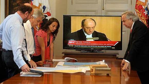 MUY ATENTO. Piñera tomó nota de los argumentos peruanos. (Cortesía: La Tercera)