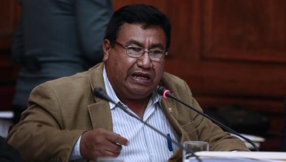 Alejandro Yovera es procesado por presuntamente consignar datos falsos en su hoja de vida. (Perú21)
