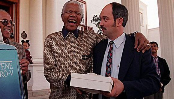 Nelson Mandela y Christo Brand. (Internet)