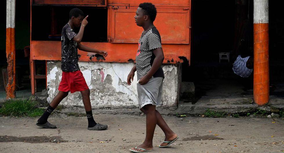 """Este cautiverio ya ha provocado motines aquí y en la """"Feria Mesoamericana"""", otro recinto habilitado.(Foto: AFP)"""
