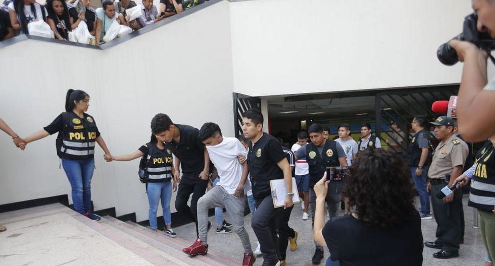 Los sujetos detenidos en Punta Negra permanecen en la sede de la Dirincri. (GEC)