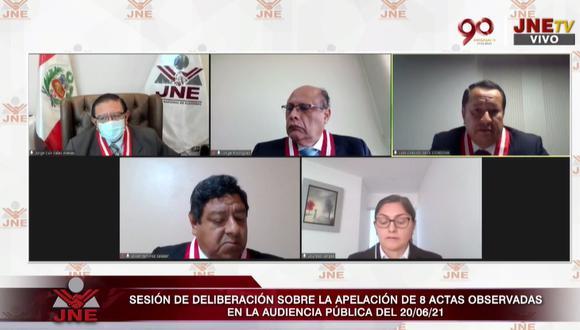 Pleno del JNE resolvió ocho expedientes de actas observadas de la segunda vuelta de las Elecciones 2021. (Captura JNETV)
