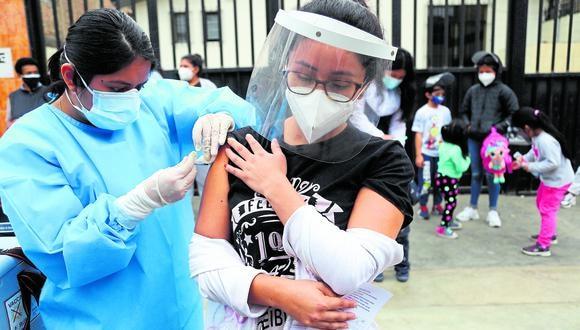 La presidenta del Consejo de Ministros señaló que es difícil establecer una fecha para la llegada de la vacuna. (Foto: GEC)