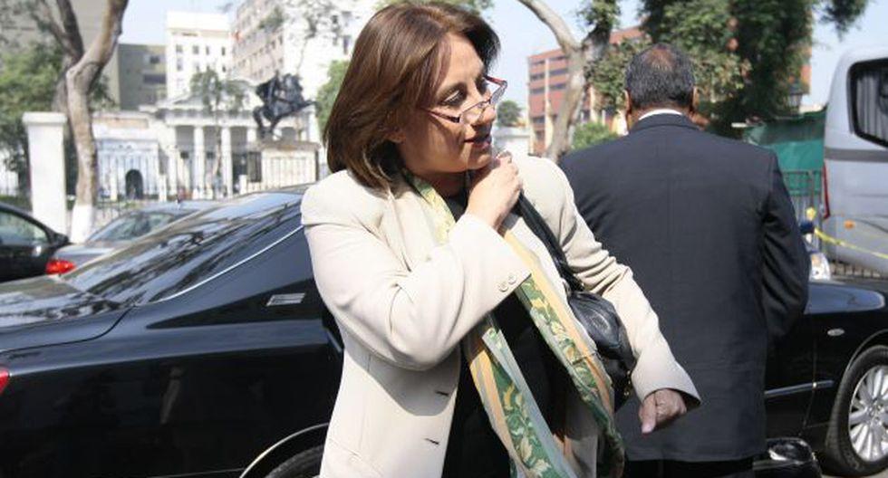 ALERTA ROJA. La ministra estuvo ante el Pleno por unas 8 horas. (David Vexelman)