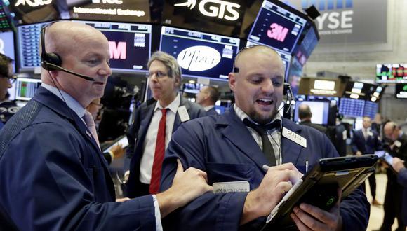 La jornada estuvo marcada por debates de los inversionistas  tras el repunte impulsado por hechos positivos en las disputas comerciales. (Foto: AP)