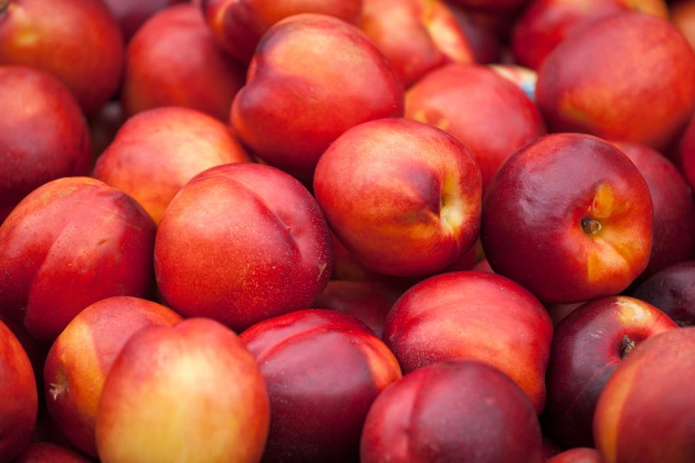 Alerta por frutas chilenas contaminadas con una bacteria dañina para la salud. (Difusión)