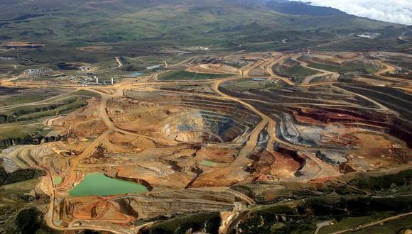 Empresa invertirá 200 millones de dólares en reservorios antes de iniciar la construcción de la mina. (Difusión)