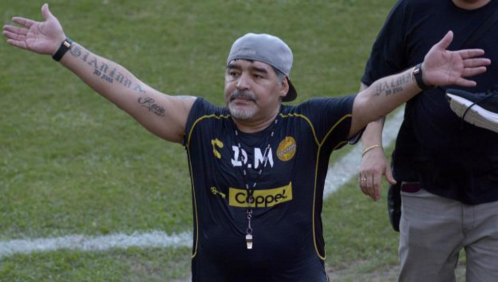 Diego Maradonaes es entrenador de Dorados de Sinaloa desde septiembre del 2018. (Foto: EFE)