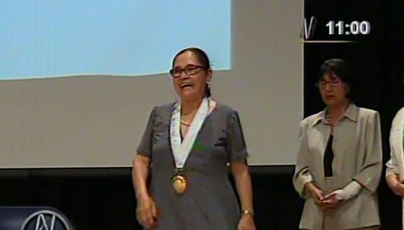 Universidad San Marcos condecoró a madre de Ollanta Humala. (Captura de video de Canal N)