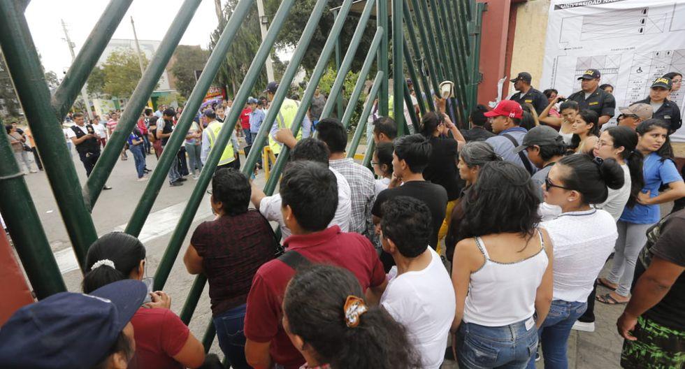 Los que no acudan a sufragar y vivan en distritos pobres extremos pagarán s/21.50. (Foto: Francisco Neyra/ GEC)