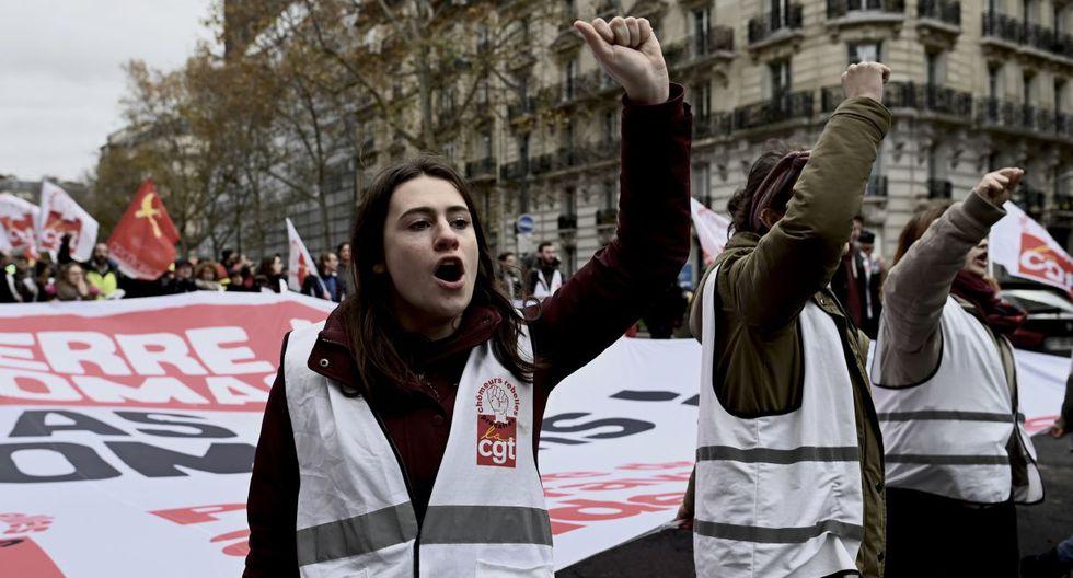 La movilización en Francia contra una reforma de las pensiones cumple este sábado su tercer día con el país semiparalizado por huelgas, especialmente de trenes y transportes públicos. (Foto: AFP)