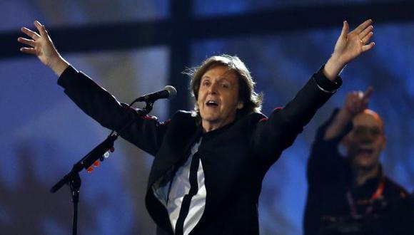Paul McCartney clausuró el espectáculo con 'Hey Jude'. (Reuters)