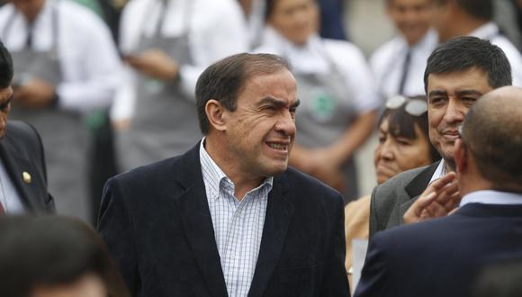 Yonhy Lescano (Mario Zapata)