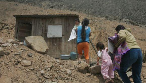 Pobreza en el Perú disminuyó solo 1,2% en el 2014. (Perú21)
