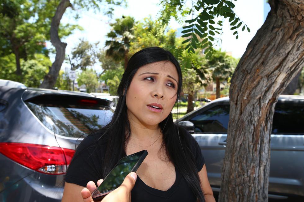 """Es una situación crítica de la que aún no salimos. Estoy segura que con la bendición de Dios podré ver a mi esposo vivo a mi lado"""", declaró Tula Rodríguez.(USI)"""