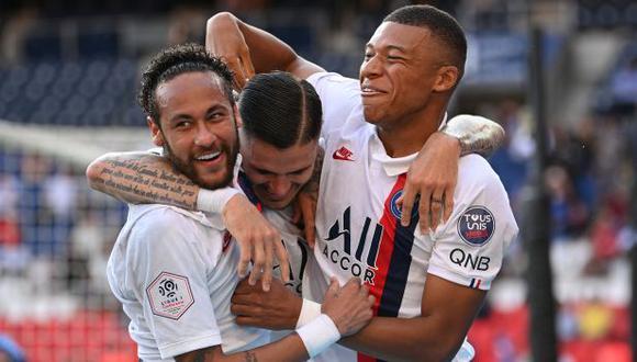 Neymar e Icardi se juntaron para anotar un gol en amistoso de PSG. (Foto: AFP)