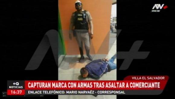 El agente policial capturó al sujeto identificado como David Cristóbal Bravo Espinoza. (ATV+)