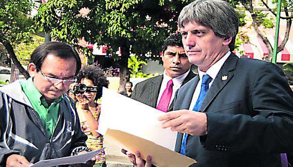 Es una 'joya'. Luis Raygada no tiene el perfil para ser embajador peruano. (Internet)