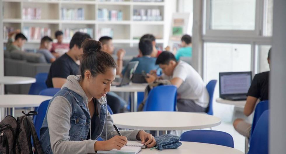 Estudiantes de 5° de secundaria serán becados gracias a convenio con Ministerio de Educación