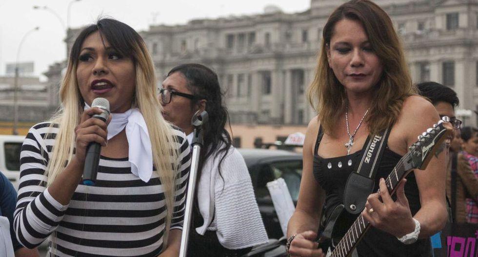 Personas transgénero realizaron plantón para solicitar ley de identidad de género. (Renzo Salazar)