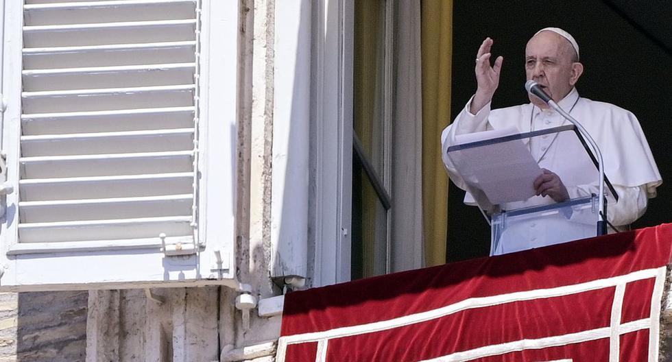 Imagen referencial. El Papa Francisco dirige su oración del Ángelus dominical desde la ventana de su oficina con vista a la Plaza de San Pedro, Ciudad del Vaticano, Italia. (EFE/EPA/RICCARDO ANTIMIANI).