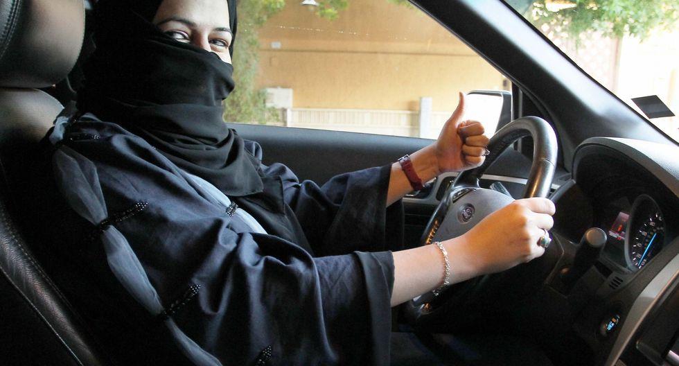 Desde setiembre pasado, las mujeres saudíes están permitidas de obtener una licencia de conducir (Efe).