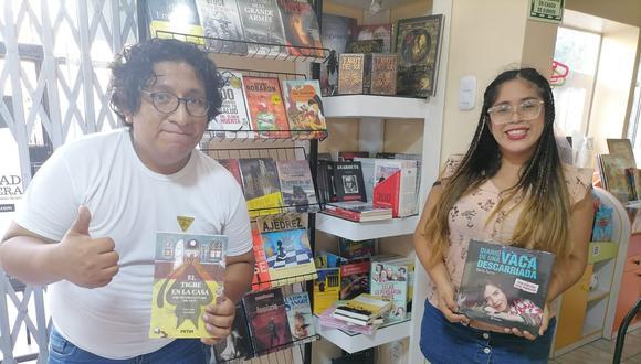 Alex Alejandro y Chrisel Arquiñigo atienden al público en el local de Ciudad Librera, ubicado en Av. Sucre 773 (Magdalena) y por delivery. (Foto: Ciudad Librera).