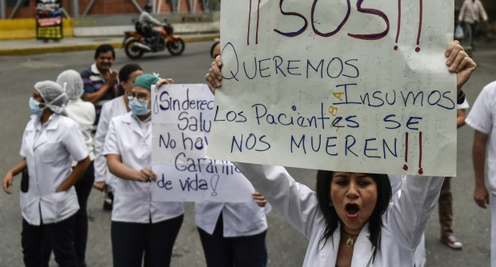 Venezuela atraviesa una severa crisis económica traducida, entre otros elementos, en escasez de medicinas y deficiencias en el servicio hospitalario público del país. (Foto: AFP)