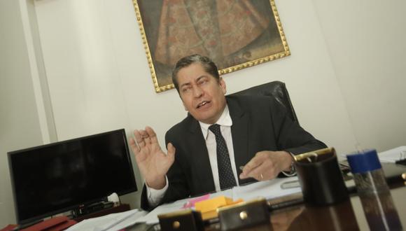El magistrado Eloy Espinosa-Saldaña indicó que la respuesta de la Corte tendría que acatarse. (Foto: GEC)