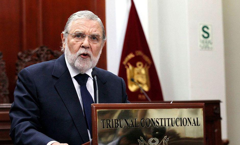 Ernesto Blume señaló que solo mantendrá su mandato Augusto Ferrero Costa. (Foto: USI)