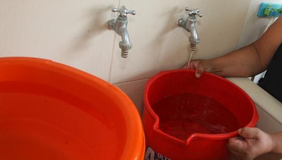 Sedapal recordó que para cualquier consulta comunicarse a la línea del AQUAFONO 317-8000, que atiende las 24 horas del día o en www.sedapal.com.pe (Foto: El Comercio)
