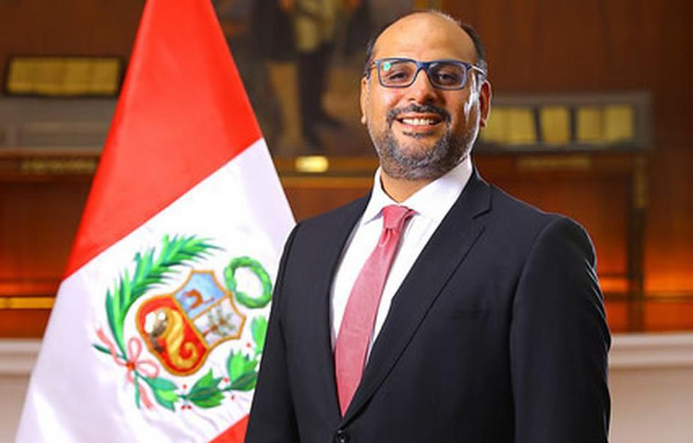 Daniel Alfaro Paredes   Ministerio de Educación (Presidencia)