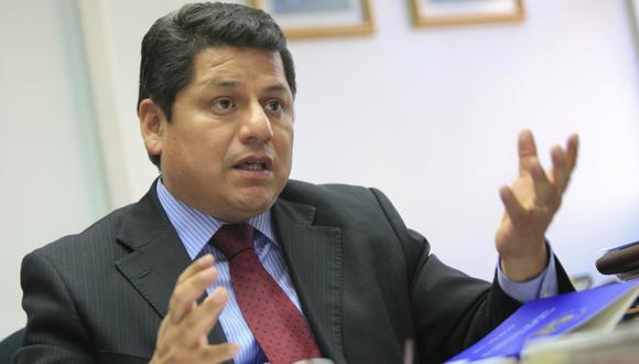 """""""Lo correcto es que Ana Jara vaya al Congreso"""", dice Vega. (USI)"""