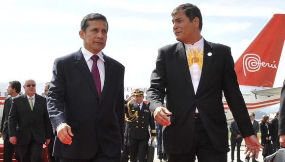 DIOS LOS CRÍA... Humala y Correa comparten la incomodidad que provoca la fiscalización de la prensa. (Difusión)