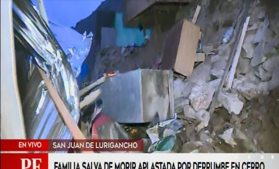 Vecinos rescataron a dos niñas que quedaron atrapadas tras derrumbe en cerro. (Captura: América Noticias)
