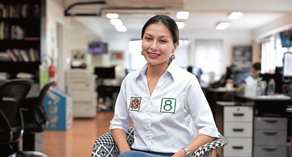 Arlette Contreras postular con el número 8 del Frente Amplio. (GEC)