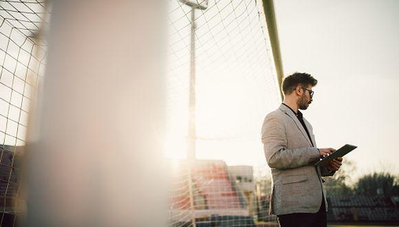 Nutrición, Psicología y Relaciones Públicas son carreras que pueden orientarse hacia el fútbol. Hay campo laboral. (GETTY IMAGES)