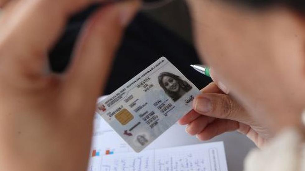 Cualquier ciudadano ya puede solicitar su DNI electrónico. (Difusión)
