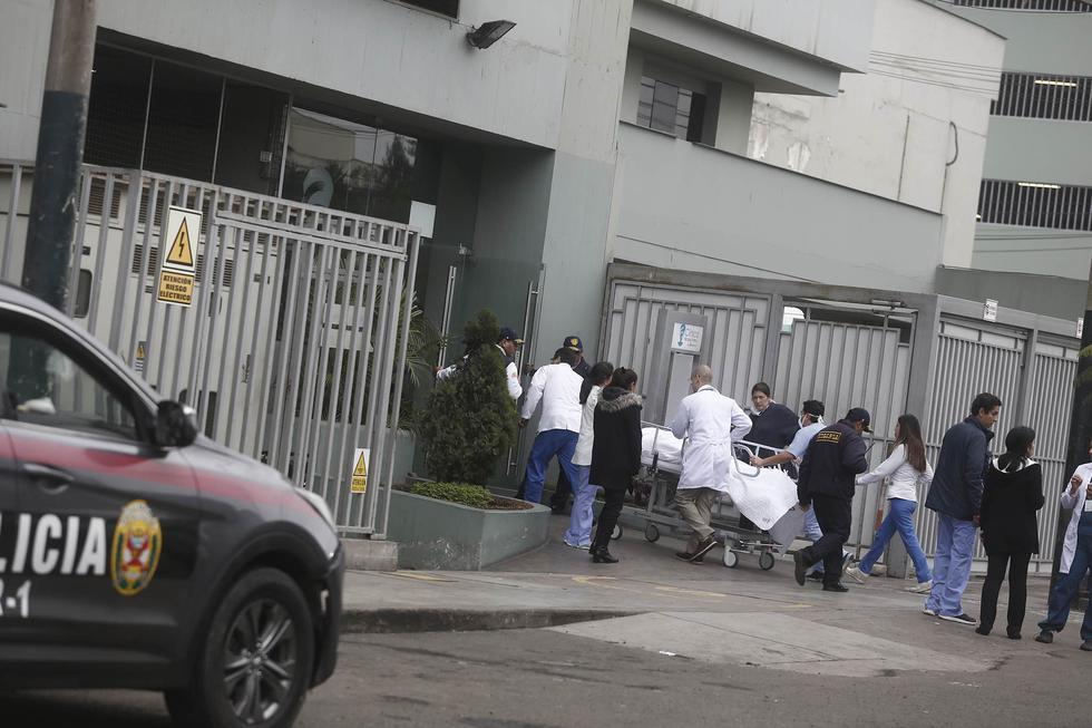 Padre de hermanos que atacaron clínica Ricardo Palma señala que el objetivo era el director del centro. (César Campos/Perú21)