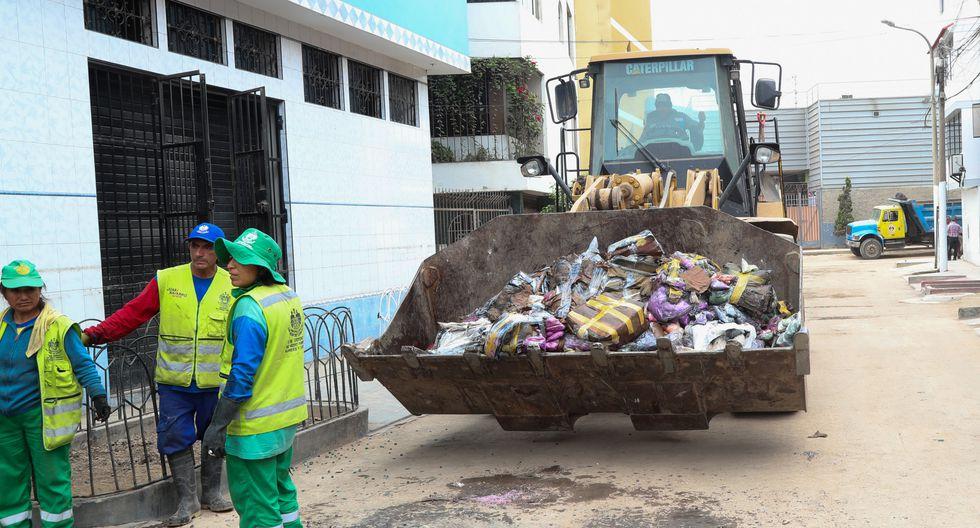 Más de 120 toneladas de residuos de viviendas afectadas por aniego. (Foto: Minam)