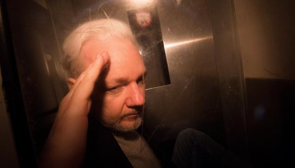 Assange no estuvo presente en la sala, pero siguió el procedimiento por videoconferencia desde la prisión de Belmarsh, en el sudeste de Londres. (Foto: EFE)