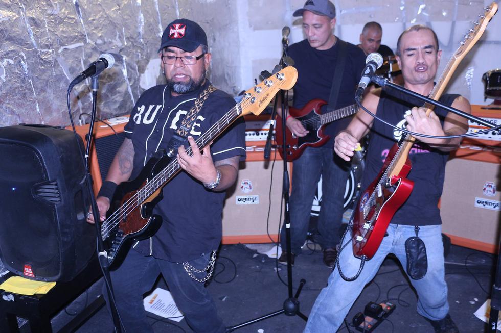 La banda punk rock 3 al hilo tocará en El Rock Liberado.