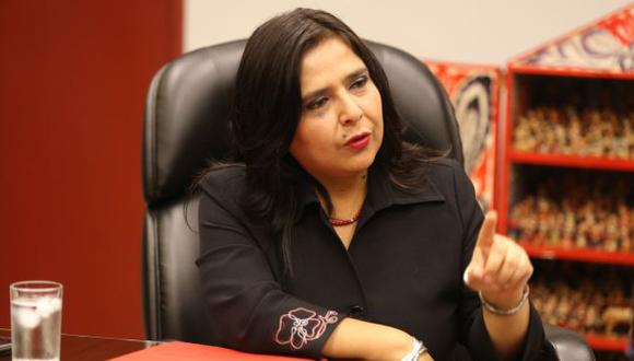 Ana Jara anunció que se brindará ayuda los hijos de la víctima. (Trome)